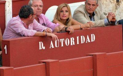 ANPTE de Andalucía apoya la presidenta de la plaza de Málaga