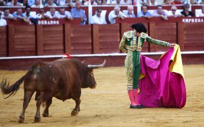 Málaga: 7ª de Feria – Juan Pedro, del indulto al desastre