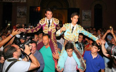 Huelva: 1ª de Colombinas – Serna y Silvera, a hombros