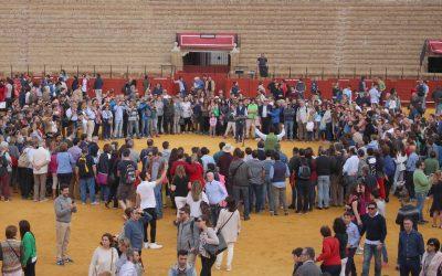 Masiva asistencia de público en la Jornada de Puertas Abiertas en la Maestranza