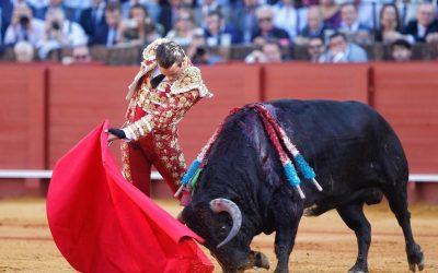 Sevilla: 9ª de abono – Encendido, un toro para soñar el toreo