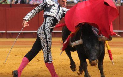 Sevilla: 14ª de abono – Pepe Moral, otra vez a hombros en la de Miura