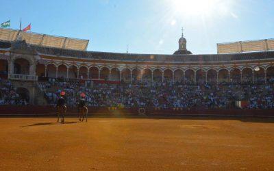 Los carteles de la Feria de Sevilla, casi cerrados