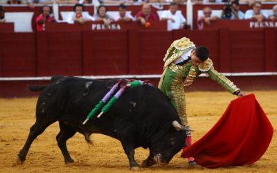 Málaga: 4ª de Feria – Pobre balance: solitaria oreja para Ureña