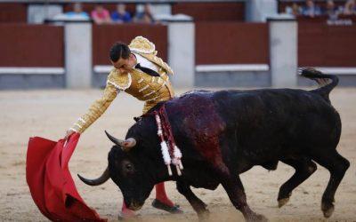 Madrid: 27ª de San Isidro – Un toro fiero ante el poderío de Ureña