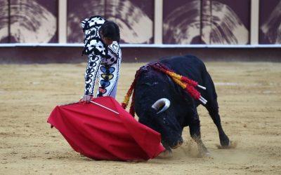 Málaga: 3ª de Feria – Perera, de la gloria con las telas al infierno con la espada