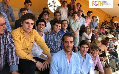 Pagés invita a estudiantes a las novilladas del abono de Sevilla